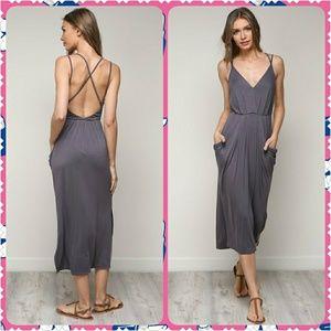 Dresses & Skirts - Must Have Spring/Summer Midi Dress